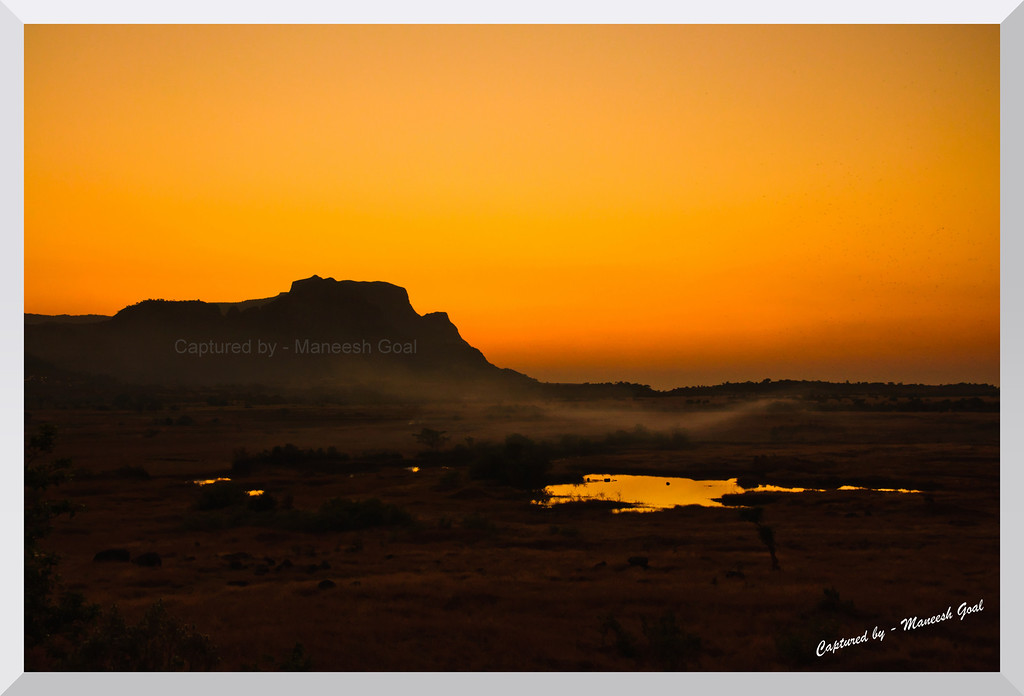 Malshej Ghat: Pimpalgaon Joge Lake - Sunset time