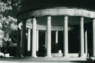 Mecom Rockwell Colonnade