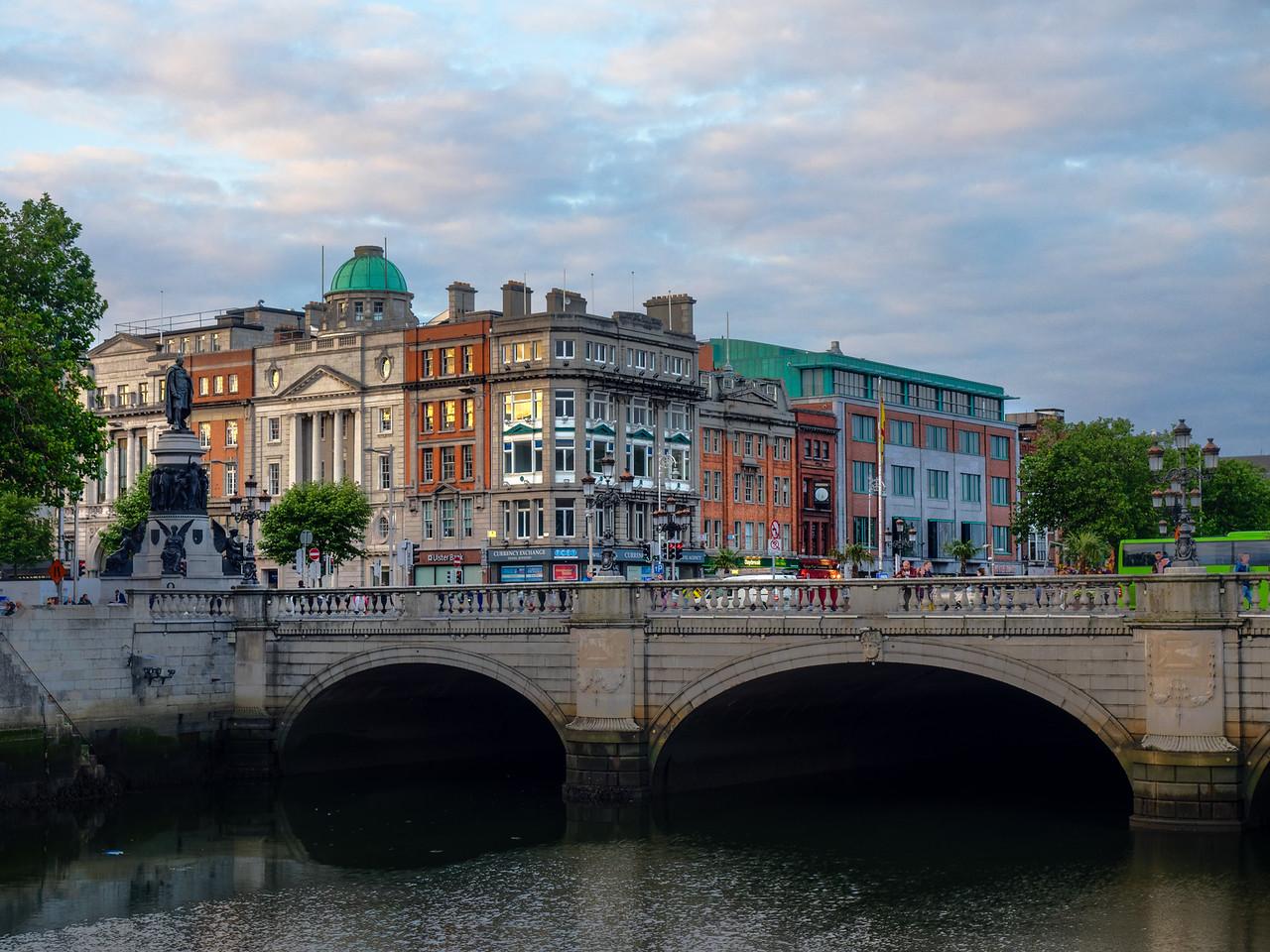Dublin -  O'Connell bridge