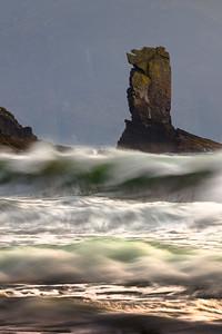An Searrach storm waves