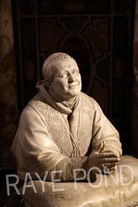 Pope Statue.