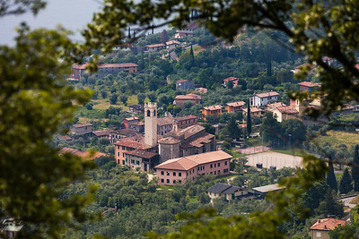 Gargnano through the trees horizontal