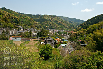 Spring comes to a peaceful hamlet in the mountains of the Izu Peninsula, Shizuoka Prefecture, Japan.