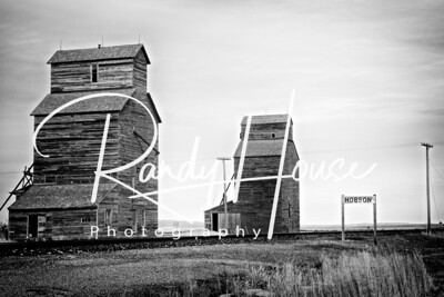 Old grain elevators at Hobson, MT