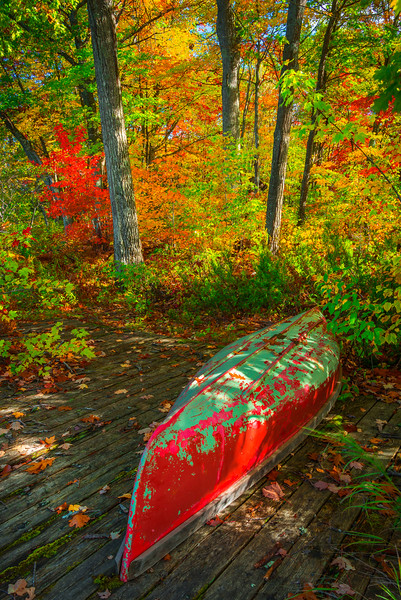 Autumn Canoe Activity Along The Stunning Lake