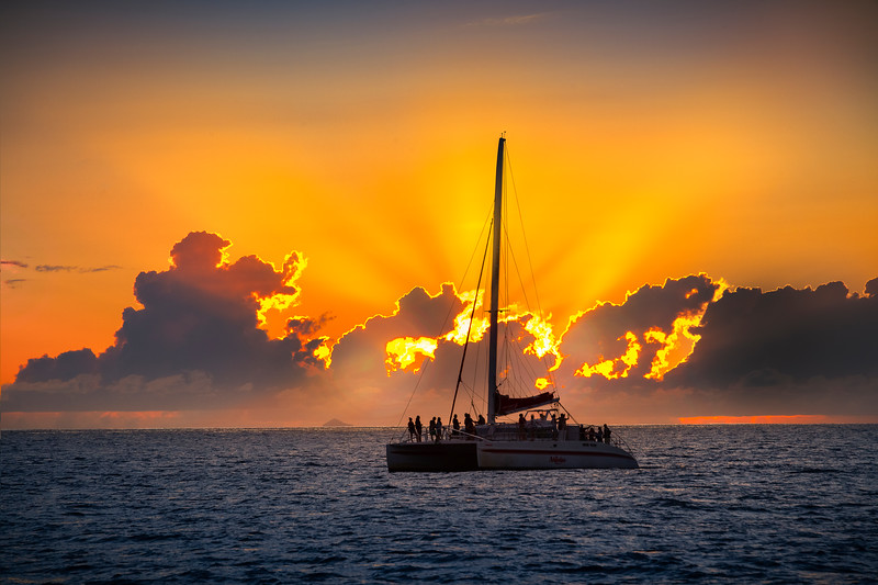 Best Spot In The World To Watch The Sunset - Na Pali Coastline, Kauai, Hawaii