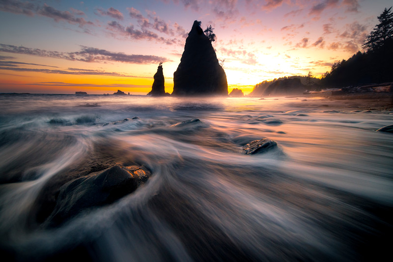 Atmospheric Mist Surrounds Rialto Beach As Twilight Approaches -    Rialto Beach, Olympic National Park, Washington