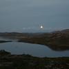 Midnattsmåne over Butjønn og Sprogen
