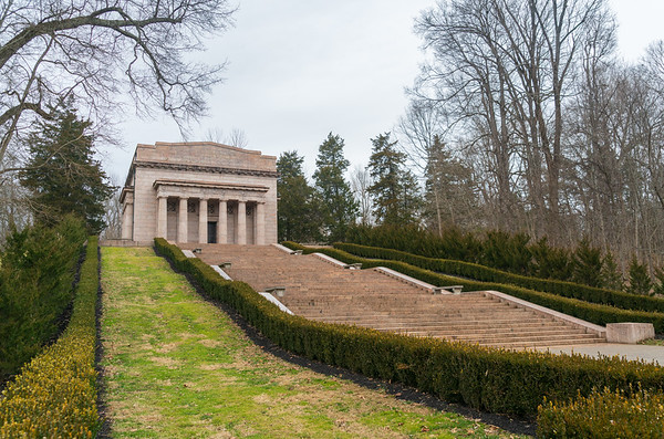 Monument at Abraham Lincoln Birthplace National Historic Site