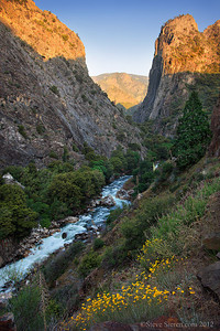 The South Fork of the Kings River flows through glacially sculpted Kings Canyon.