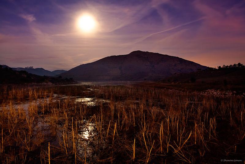 Moon shot - Lake Hodges, San Diego
