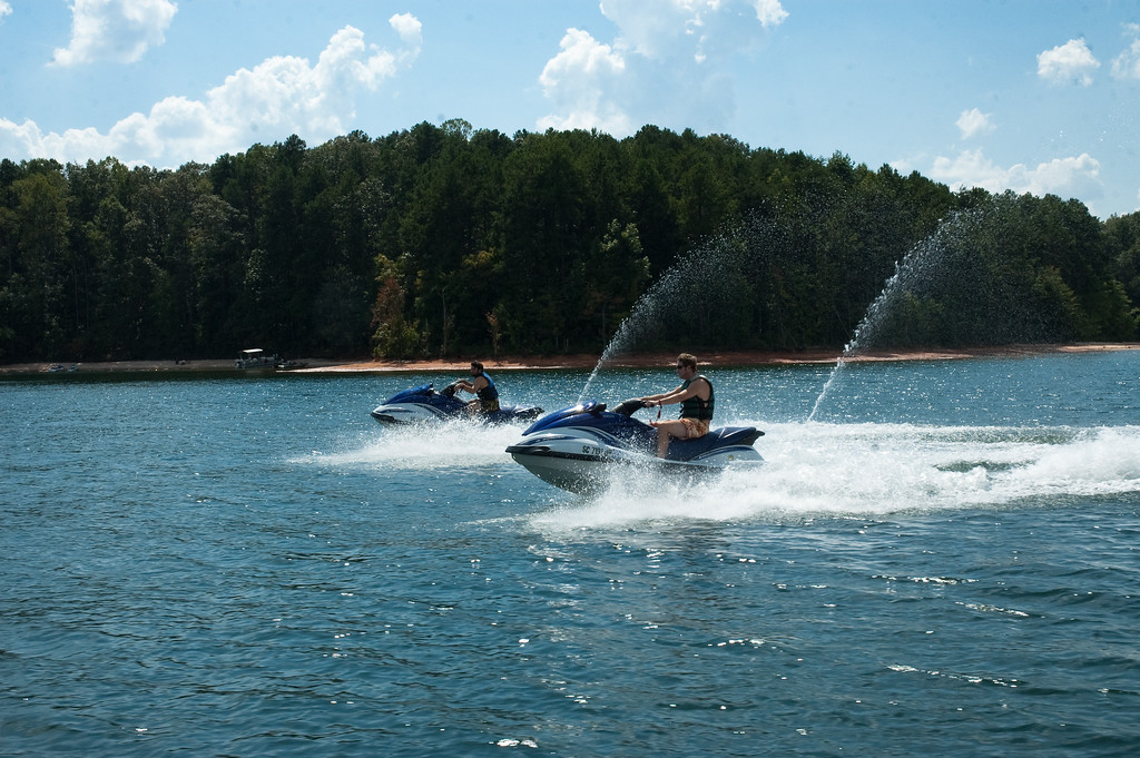 Lake Keowee Jet Sking (11 of 2)