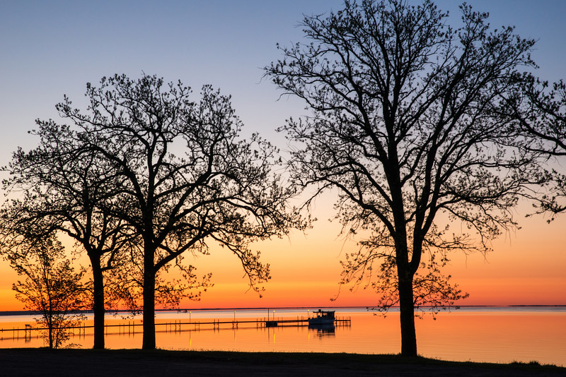 Lake Mile lacs at sunrise