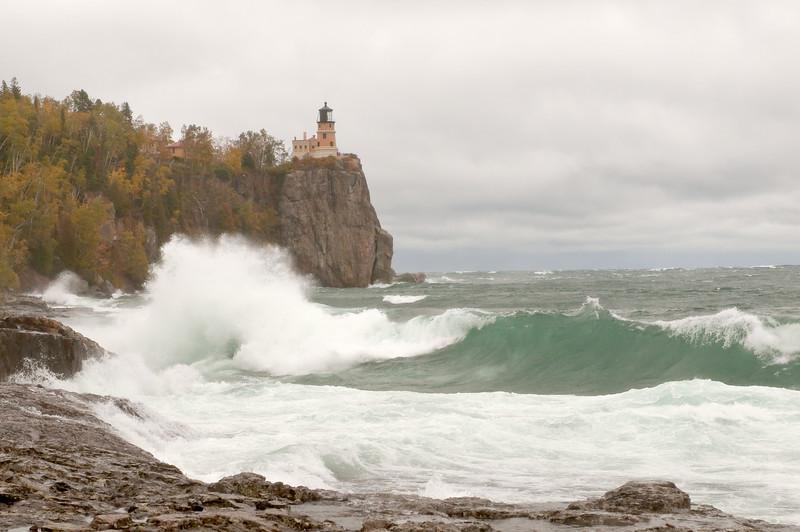 MNLR-9155: Stormy lake at Split Rock Lighthouse