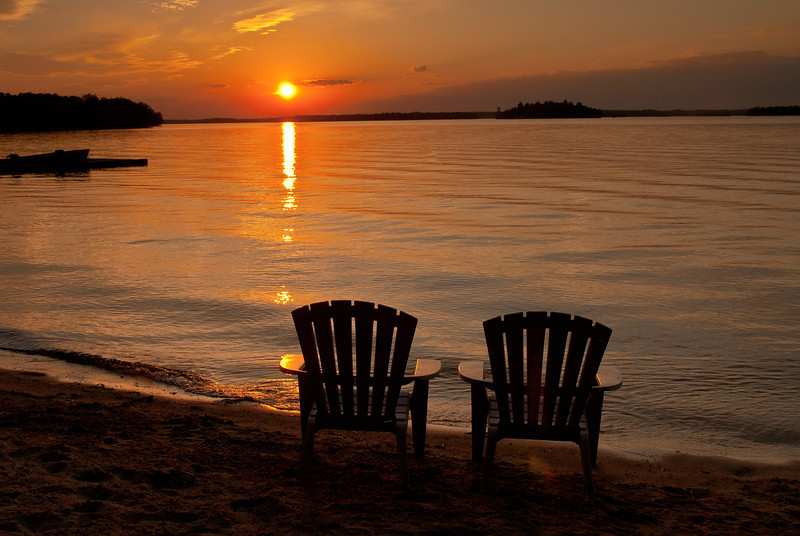MNLR-11092: Who's watching the sunset?