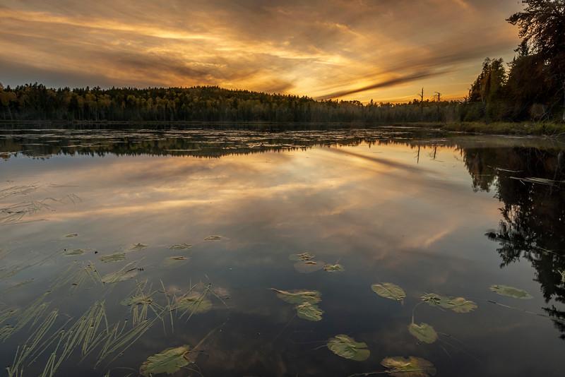 Setting sun at Swamper Lake