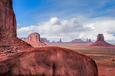 Monument Valley Sentinels