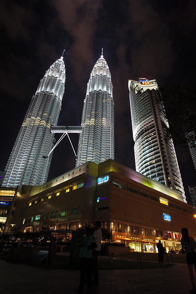 The KLCC taken from the fountain area.  The night was quite clear after some light shower so it was perfect for snapping the towers.  The next picture is a black and white rendition of the same shot.