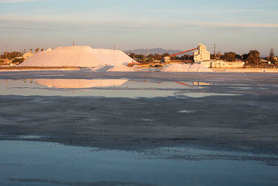 South Bay Salt Works reflected in a drained crystallizer pond during 2016 harvest 11/07/2016