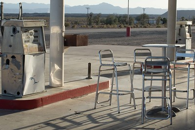 Roy's Cafe off Route 66, Amboy