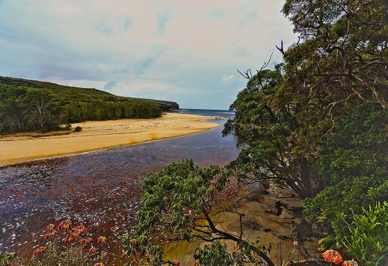 Royal National Park, NSW Australia<br /> Part of Wattamolla Beach towards ocean<br /> <br />  Canon 6D+EF 17-40mm f/4L, ISO 400, FL 17mm, f/11, 1/30sec,