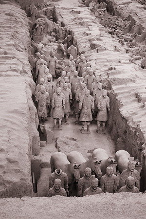 <font color=#33ffff> The scene of more than 2,000-year-old Terracotta Warriors is astounding! </font>