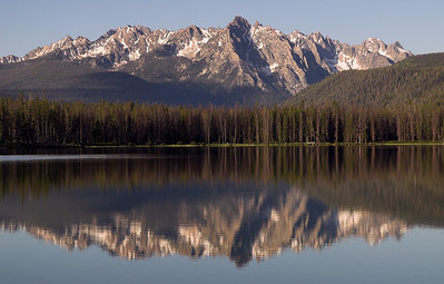 Sunrise at Little Redfish Lake, in the Sawtooth Mountains, Idaho.