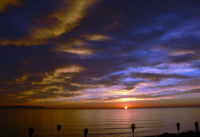 Sunset looking out to Pacific Ocean and Catalina Island, January 20, 2005.