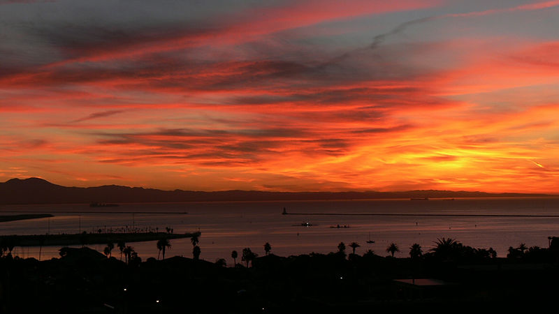 Sunrise looking south to Orange County, San Pedro, CA, November 18, 2005.
