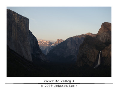 Yosemite Valley 4  Yosemite Valley at sunset, as seen from the Tunnel View Lookout, just as you enter the valley on Highway 41 through the Wawona Tunnel.  Yosemite Valley, 29 April 2009.