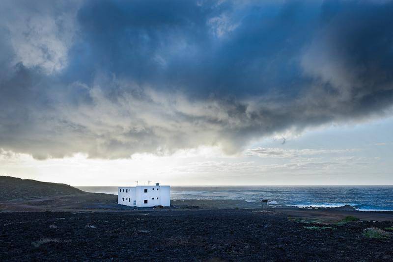 Haus an der Küste-2