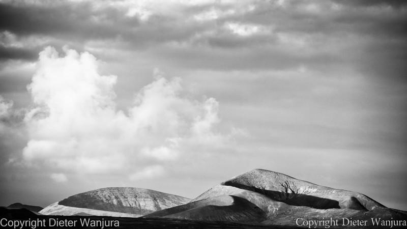 Vulkane und Wolken
