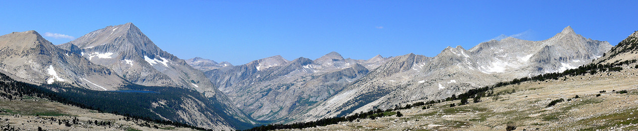 The view from Taboose Pass looking west.
