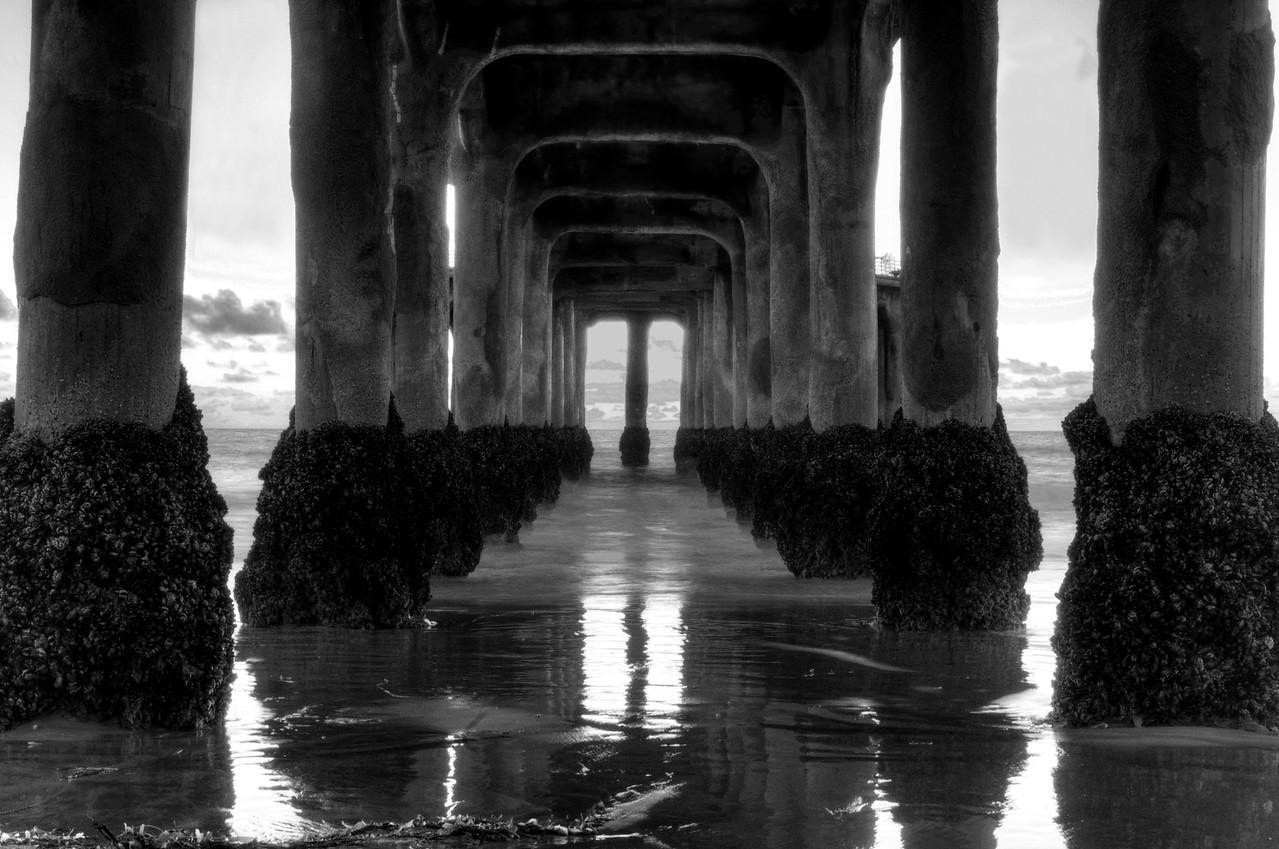 Manhattan Beach Pier Black & White