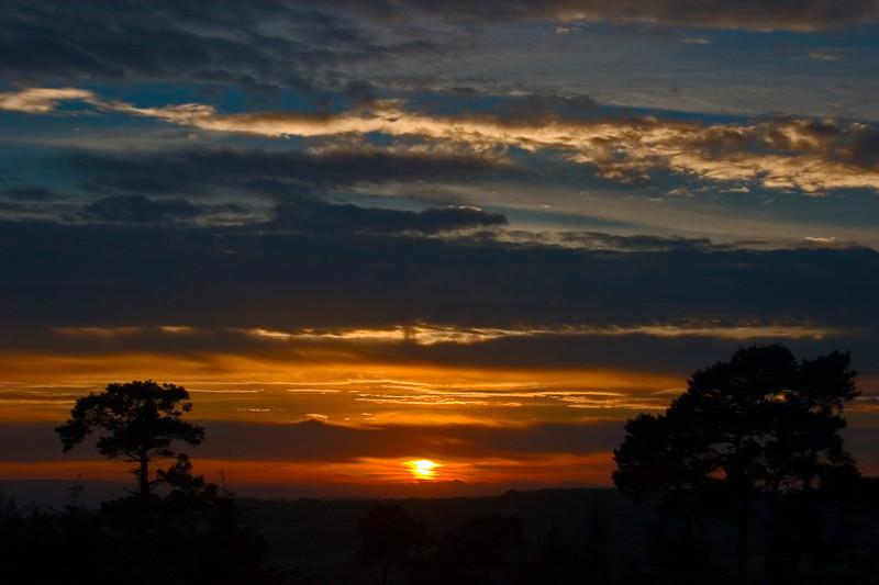 Sun downer<br /> <br /> Taken in South Devon Looking towards Dartmoor.