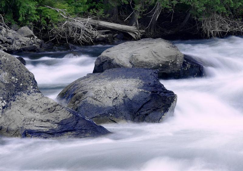 Rocks in the Wenatchee River near the foot bridge