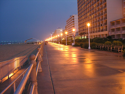 Virginia Trip 2006 - Virginia Beach Boardwalk sharpened