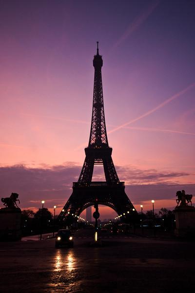 Eiffel tower at dawn.