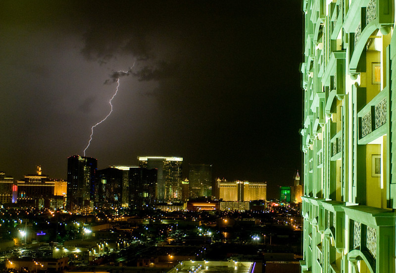 Lightning strikes Sin City