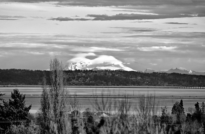 Mt. Baker from south Seattle, winter 2010, 10:00am