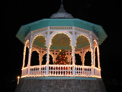 Christmas in Oak Bluffs