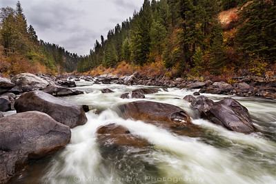 North Fork Payette River in Idaho on a rainy October afternoon (Golf Course)