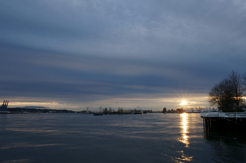 Fraser River sunset starburst