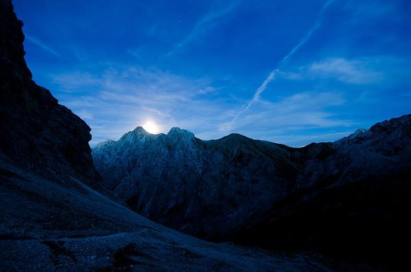 Moonrise shot from the Knorrhütte