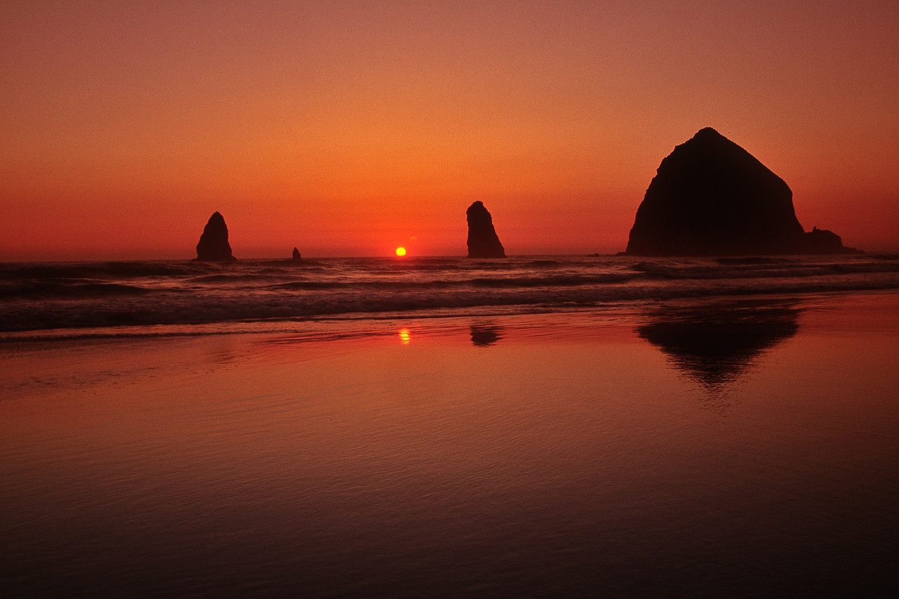 Haystack at Canon Beach