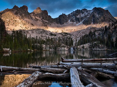 Middle Cramer Lake in the Sawtooth Mountains, Idaho.
