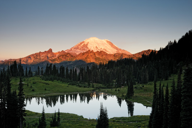 Sunrise at Tipsoo Lake
