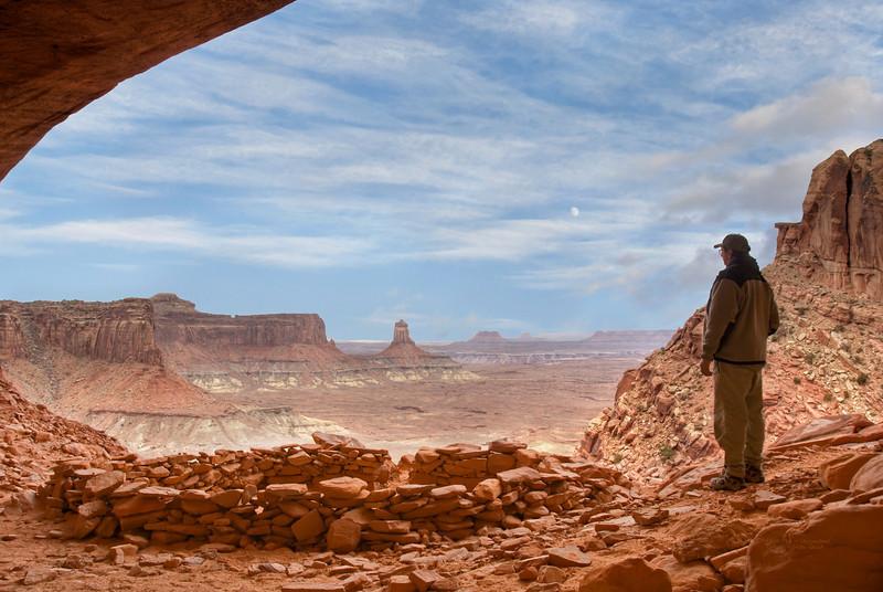 False Kiva - Canyonlands UT Oct 2009