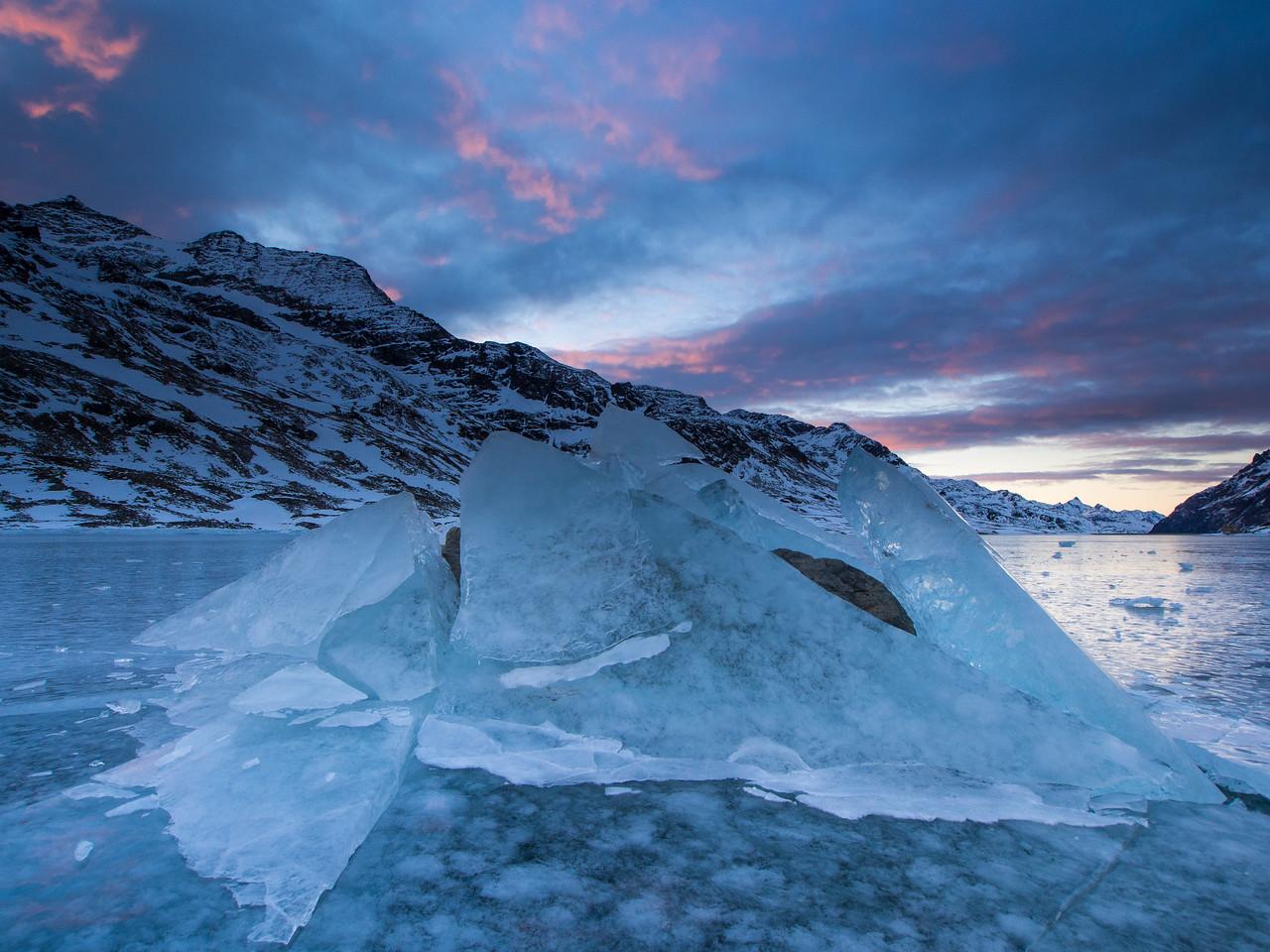 Eisschollen am Lago Bianco
