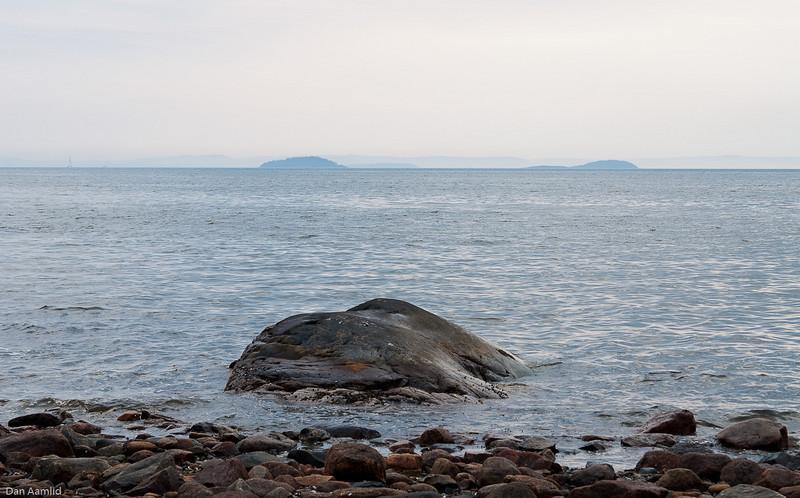 Ved Oslofjorden, nær Krokenstrand, 12.4.09.
